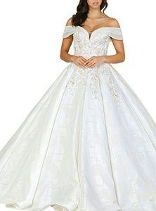 Off shoulder formal quiencenara wedding dress
